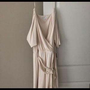 Jessica Simpson white dress
